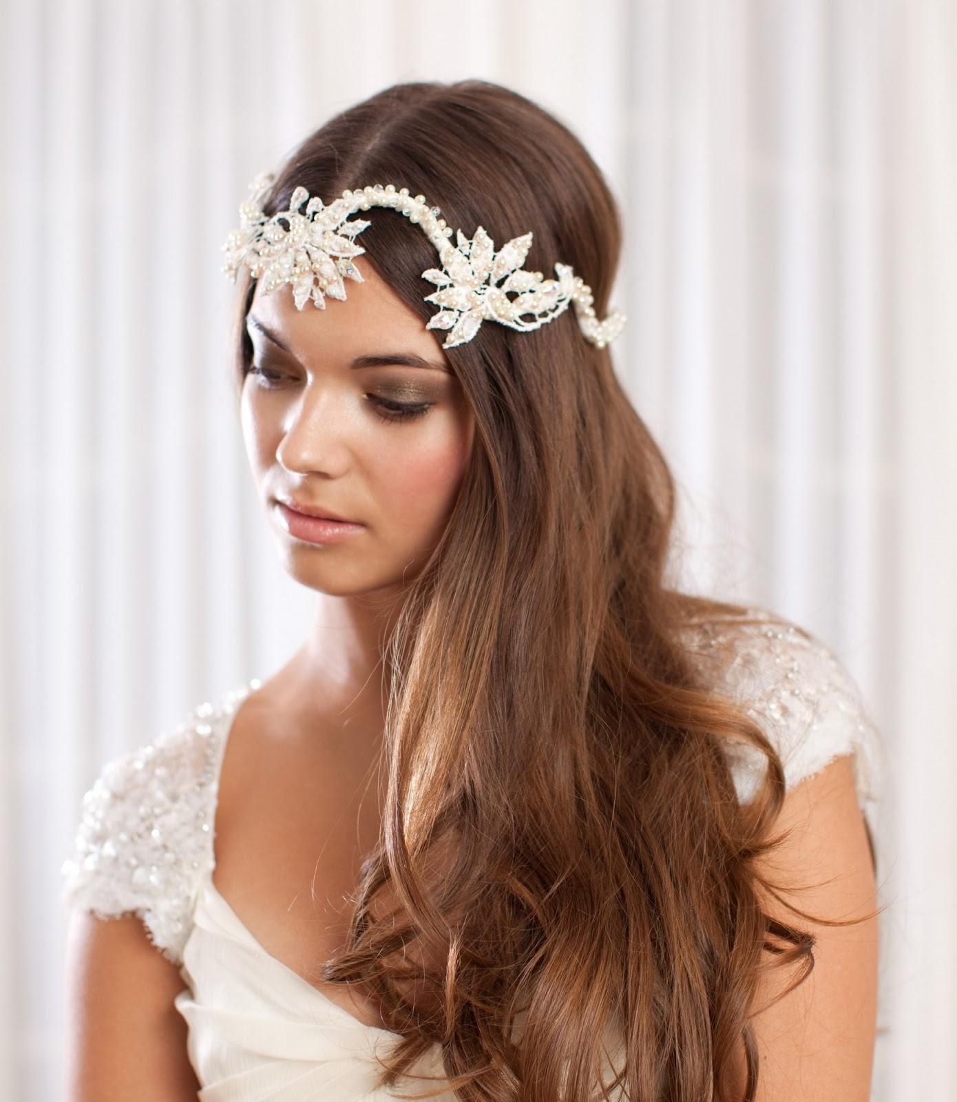 se verán preciosos con estos accesorios para el pelo de la novia 2013, una colección preciosa y de alta calidad que puedes admirar en sus estilismos,