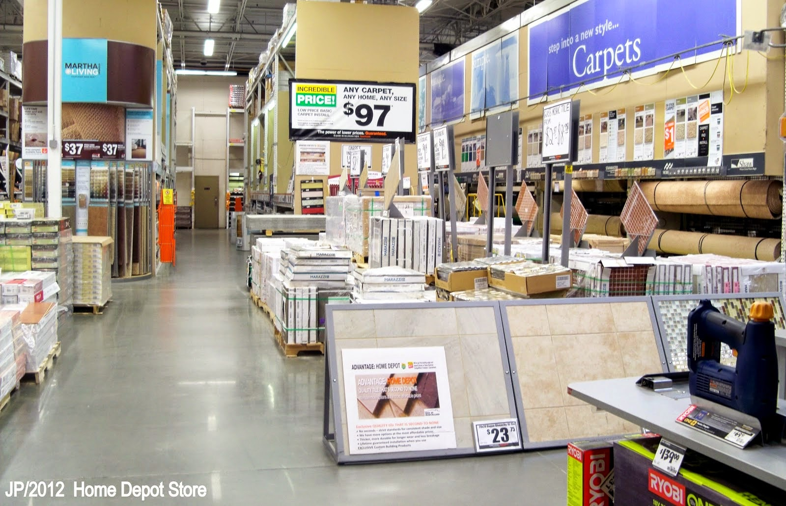 The excellent home depot home improvement store photo for Wallpaper home depot usa