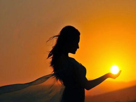 Piękne zachodzące słońce