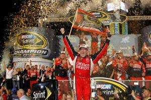 Tony Stewart wins 2011 Nascar Cup title