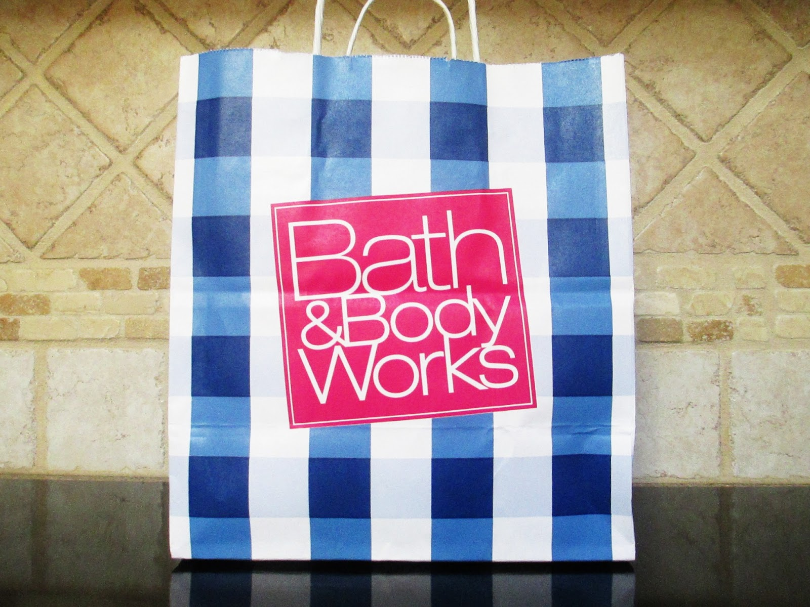 Top 5 bath body works fragrances of all time mascara for Bathroom body works