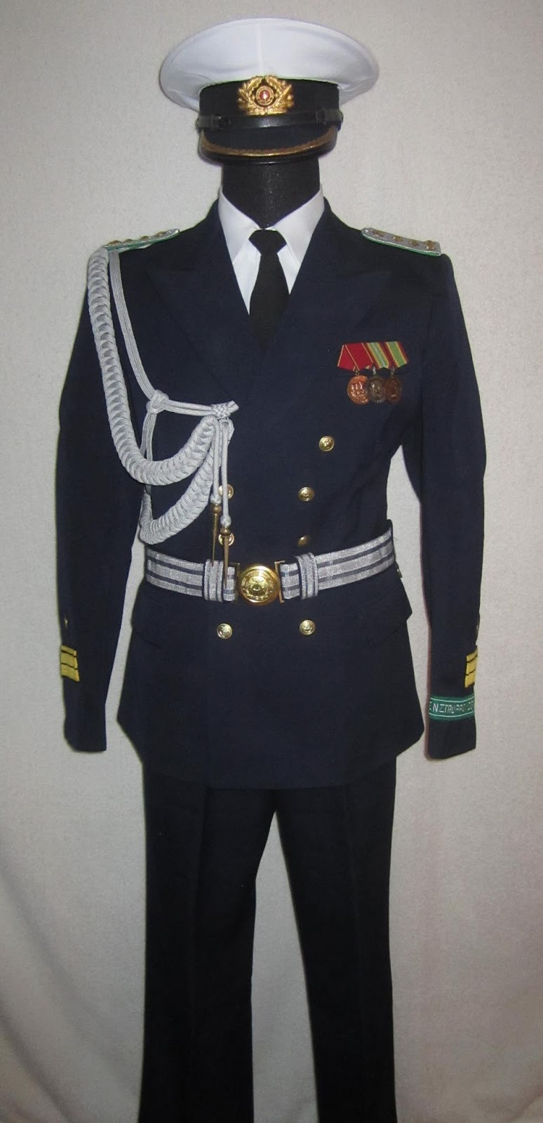 east german nva uniforms