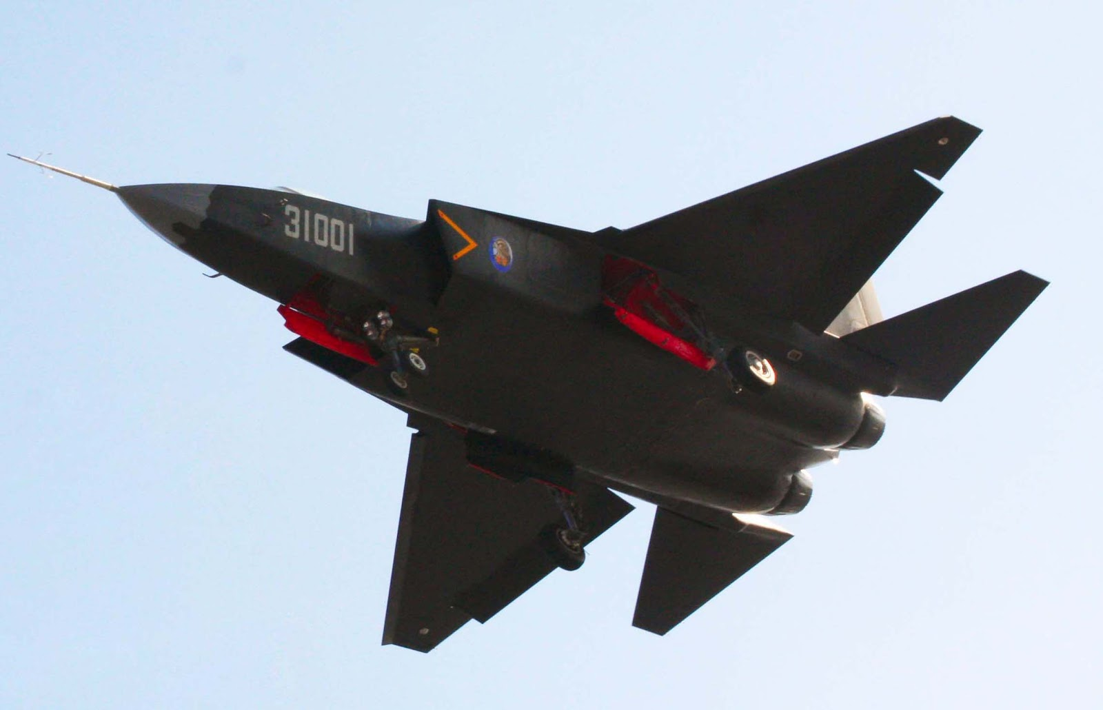 china+J-31+fifth+generation+stealth,+naval+carrier+aircraft+prototype+People's+Liberation+Army+Air+Force++OPERATIONAL+weapons+aam+bvr+missile+ls+pgm+gps+plaaf+test+flightf-22+1+pl-12+10+21+(5).jpg