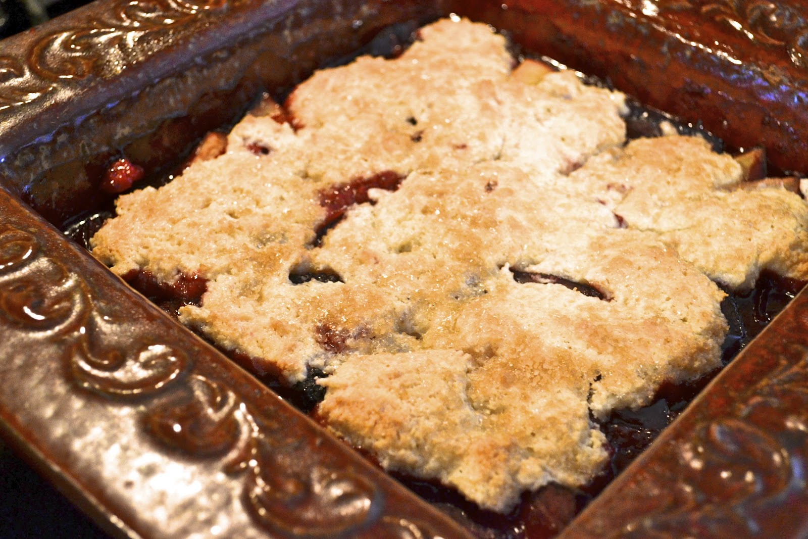 """Point-less"" Meals: Plum and Blackberry Cobbler"