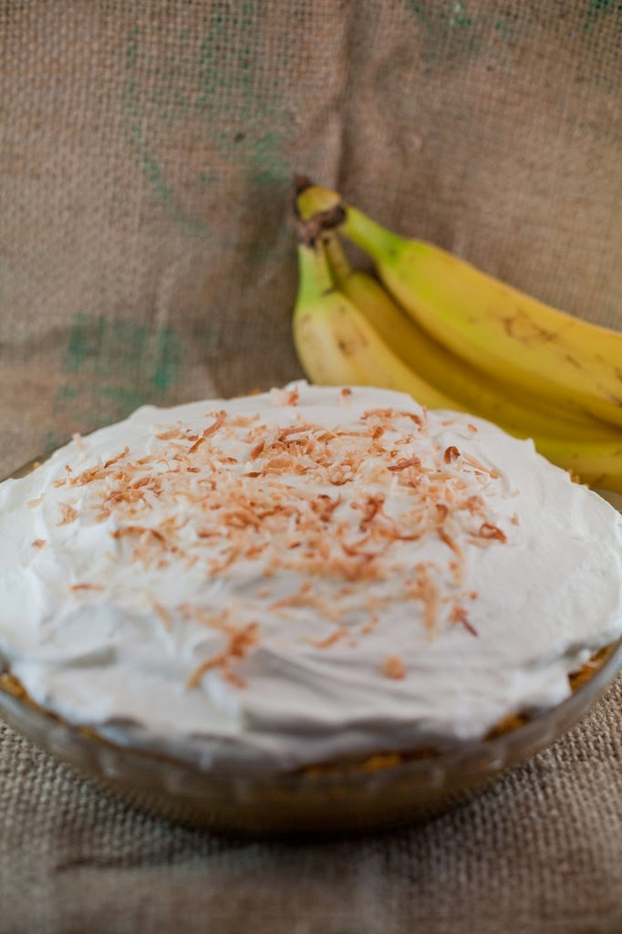 http://bsinthekitchen.com/old-fashioned-banana-cream-pie/