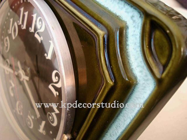 KP. Vintage. Comprar relojes antiguos de pared. Cerámicos color verde