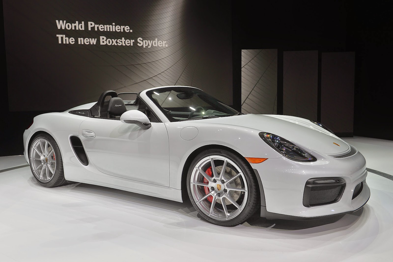 Automotiveblogz: Porsche Boxster Spyder: New York 2015