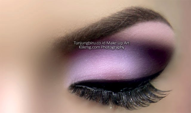 Trend Make Up Mata 2015 oleh Tunjungbiru Make Up Art Purwokerto [ TUNJUNGBIRU.CO.ID ] || Foto oleh Klikmg Fotografi [ KLIKMG.COM ]