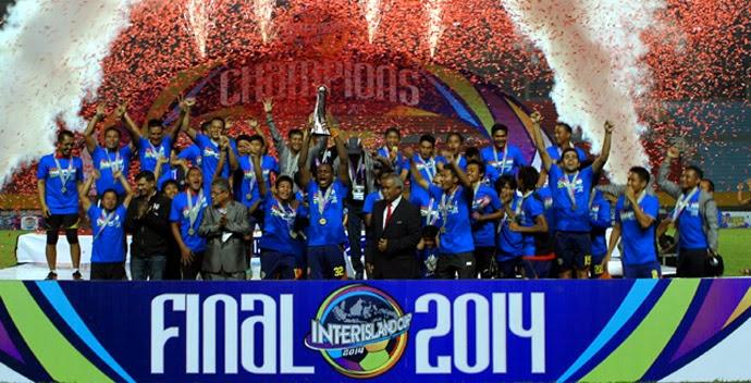 Arema Cronus Kampiun Inter Island Cup 2014