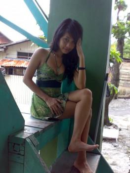 abg pose memegang rambut 1003 9 Gaya Foto Paling Umum Di Indonesia