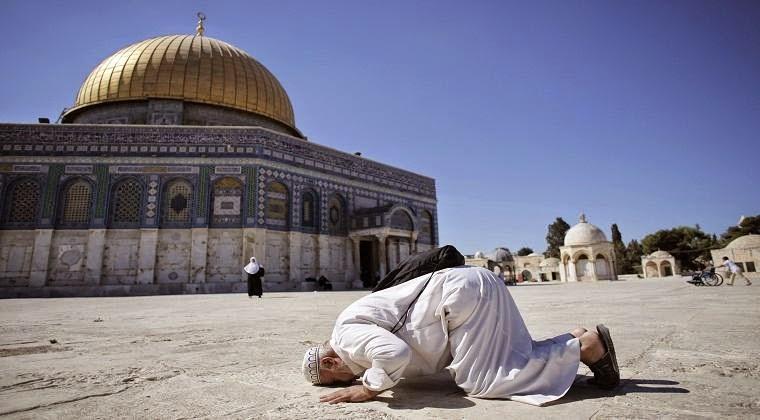 http://asalasah.blogspot.com/2014/10/israel-kembali-buka-masjidil-aqsa-tapi-untuk-50-tahun-keatas.html