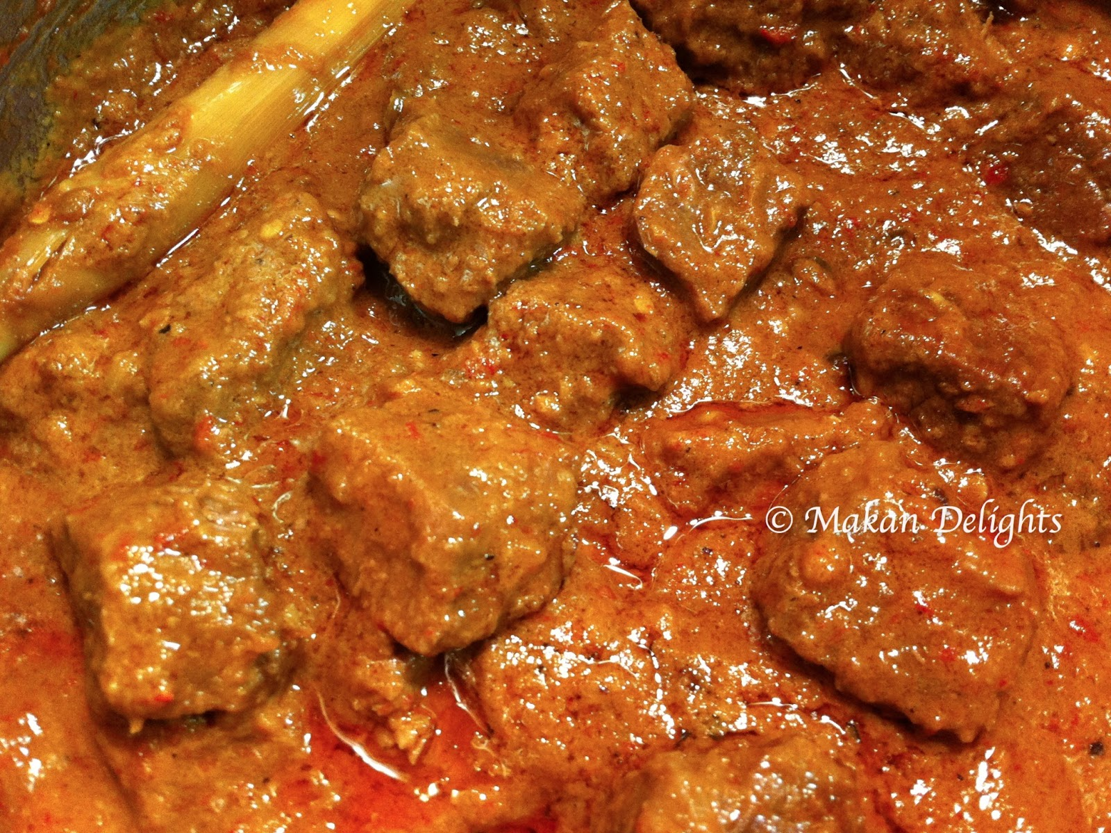 how to serve beef rendang