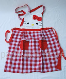 Celemek Hello Kitty