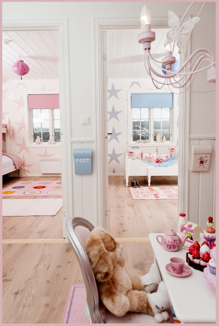 Kid Rooms Girl