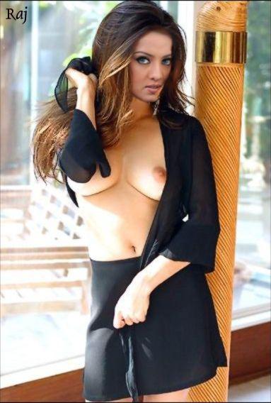 Actress New Ayesha