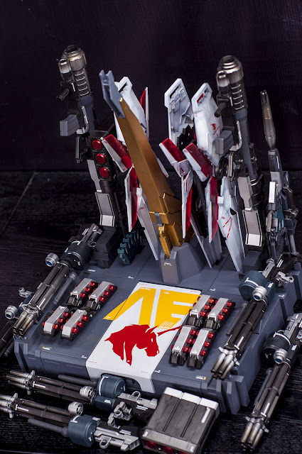 PG Unicorn Gundam Full Armor buy it separately