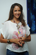 Lakshmi Manchu Latest Stylish Photos-thumbnail-16