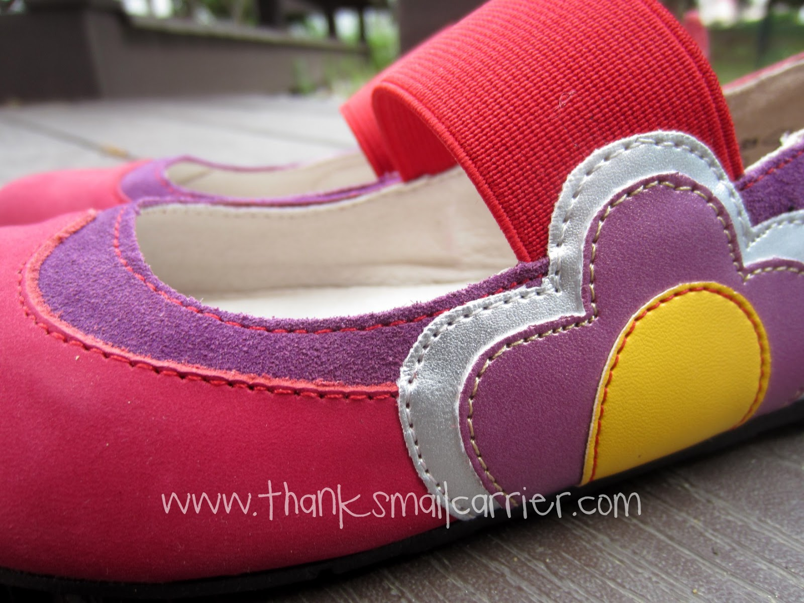 Umi shoes detail