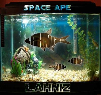 Lahniz-space ape