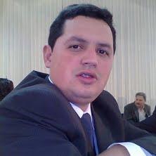 Pb. Elton Azeredo