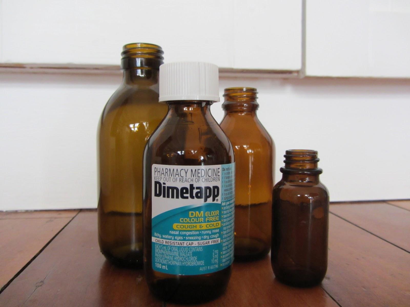 thom haus handmade: Christmas Medicine-Bottle Vases