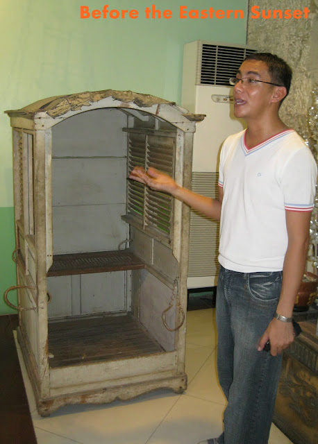 Cebu Cathedral Museum - priest's Sedan chair
