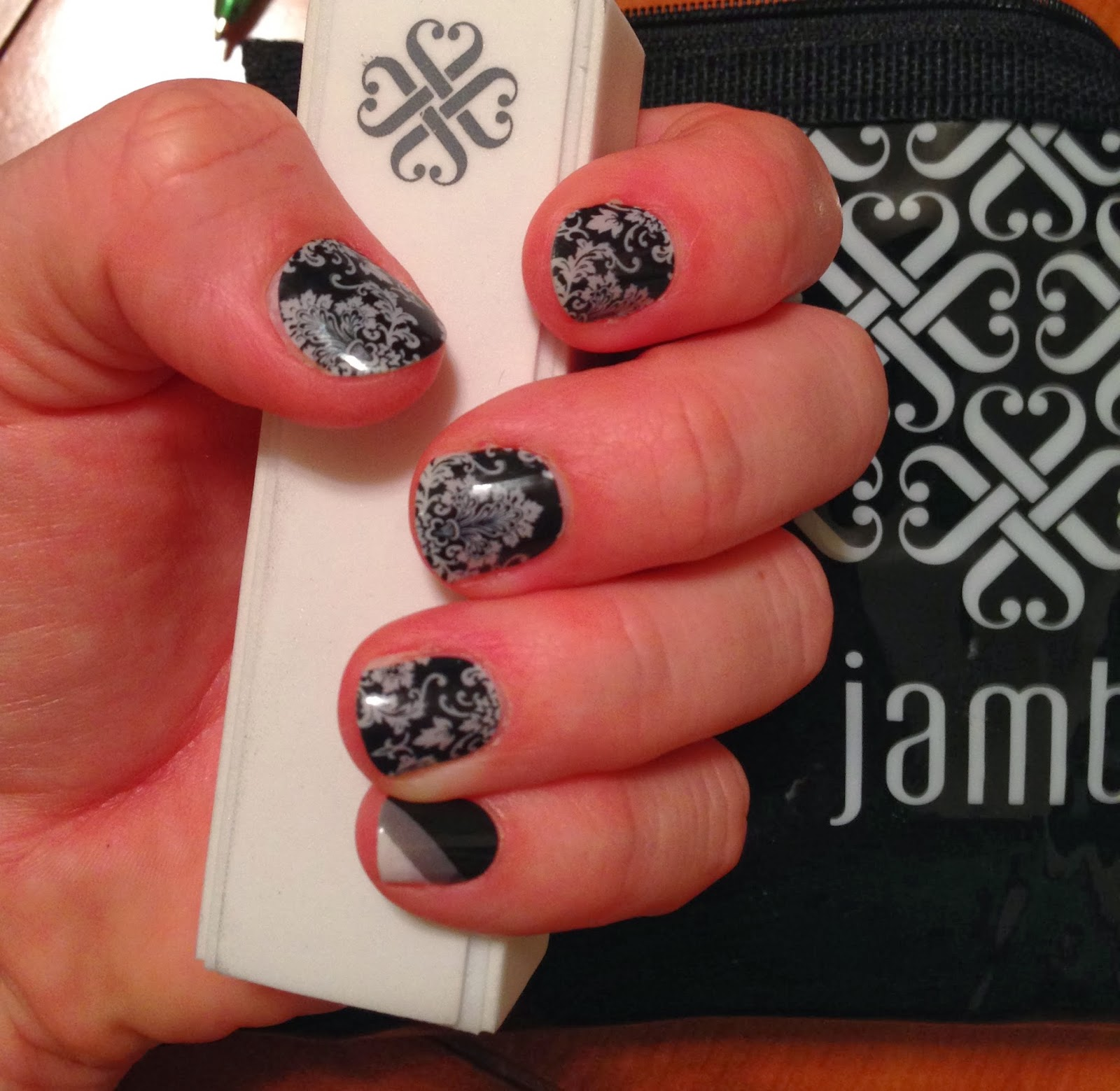 Photo of Wolfelicious Jamberry Nails