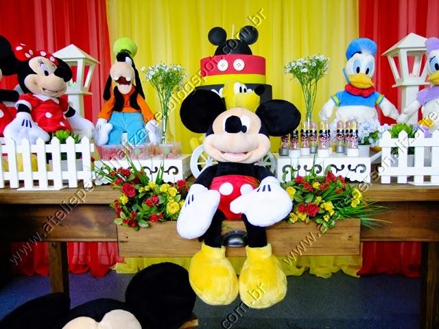 Decoração festa Mickey rústico Porto Alegre