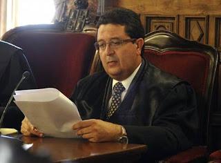 El juez Serrano se presenta como víctima del «lobby feminista»