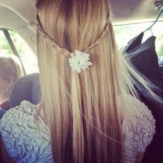 that's cute hair style