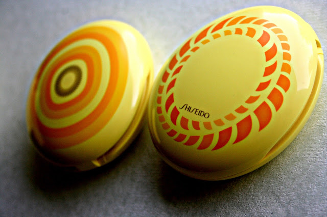 Shiseido Sun Protection Compact Foundation SP40 Limited Edition Case 1965 and 1969