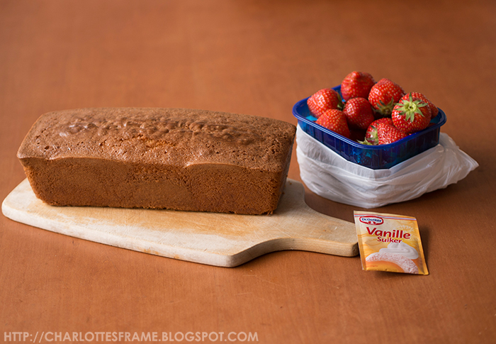 things you need to make a strawberry mud cake