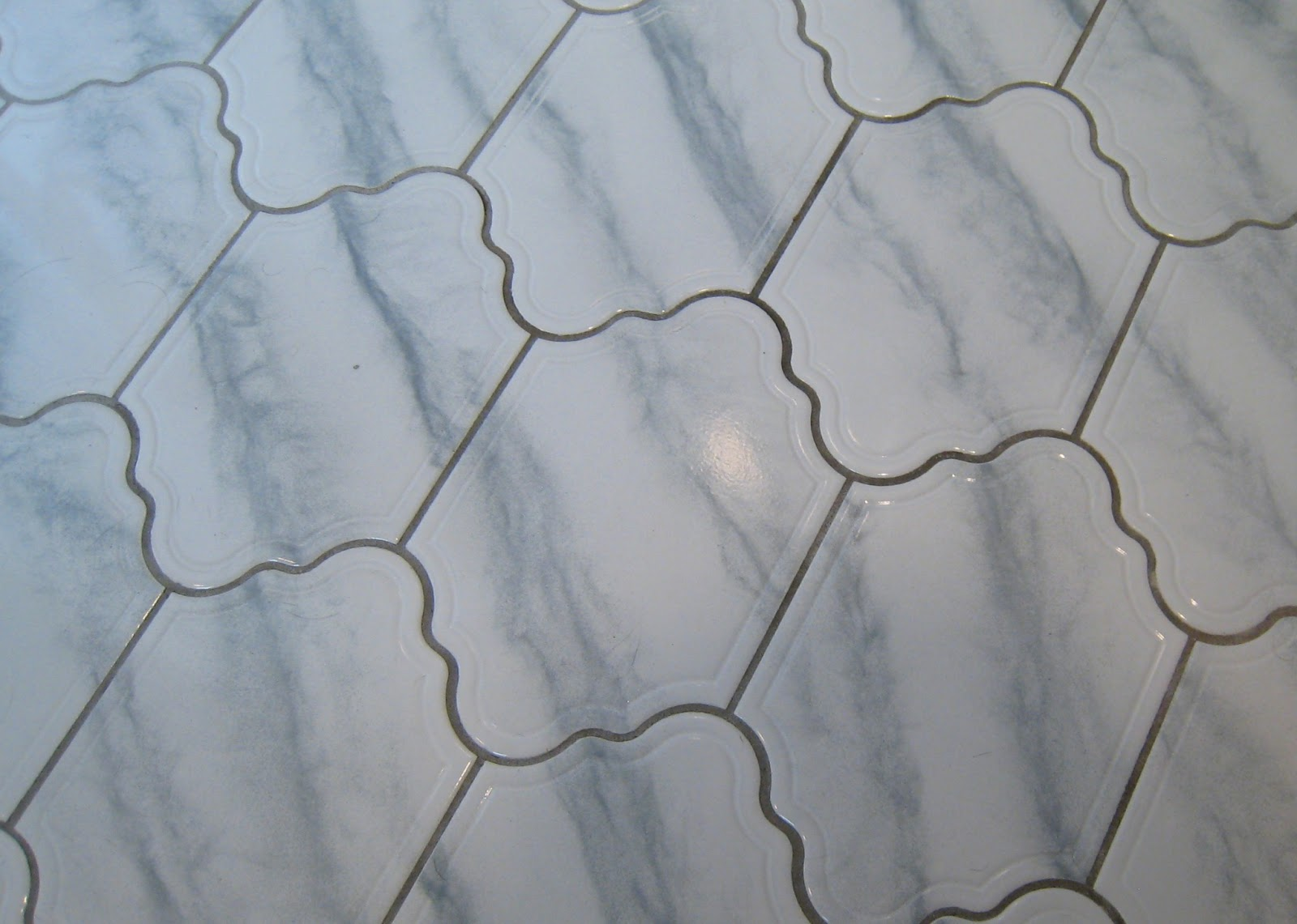Rhody Life: DIY: Refreshed Grout Lines