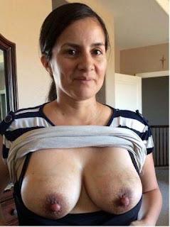 Hot Girl Naked - rs-21-707426.jpg