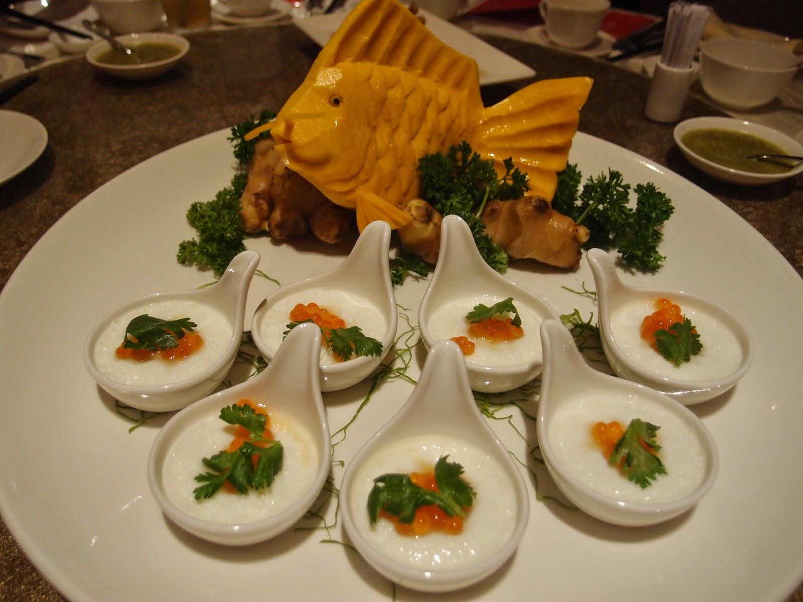 蟹肉椰汁蒸蛋