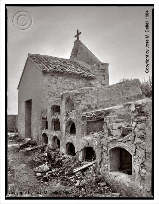 Jose m deltell fotografias antiguo cementerio de polop - Chimeneas en alicante ...
