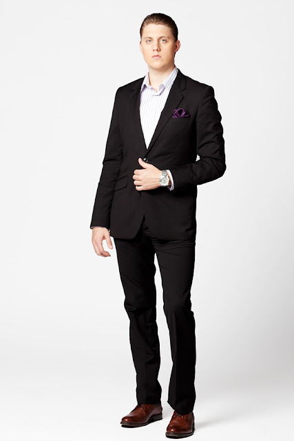 Drew+Steliga+Savvy+Spice+suiting+up+for+NYE+in+black+suit+Stafford+brown+shoes