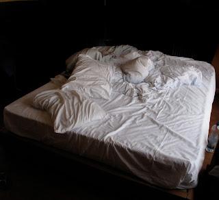 bed/storage space