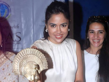Sameera Reddy & Tara Sharma at Women's Day celebrations - Sameera Reddy & Tara Sharma at Women's Day celebrations