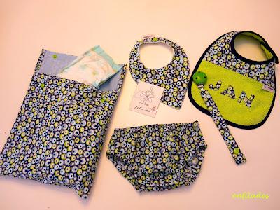 Conjunts per a nadons personalitzats per aquest estiu - Enfilades.cat