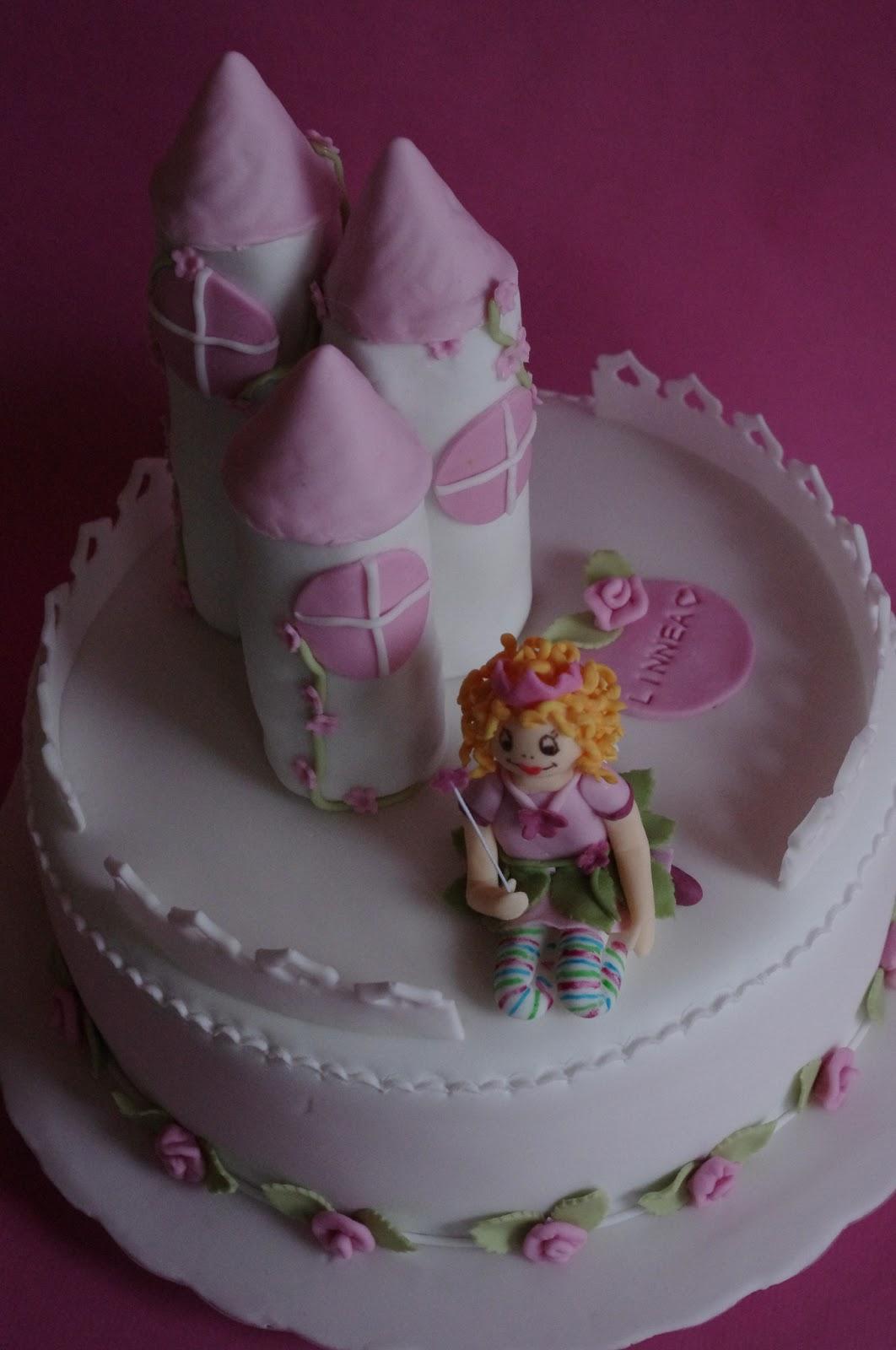 Tortenelfes Blog Backe Backe Kuchen Lillifee Schloss