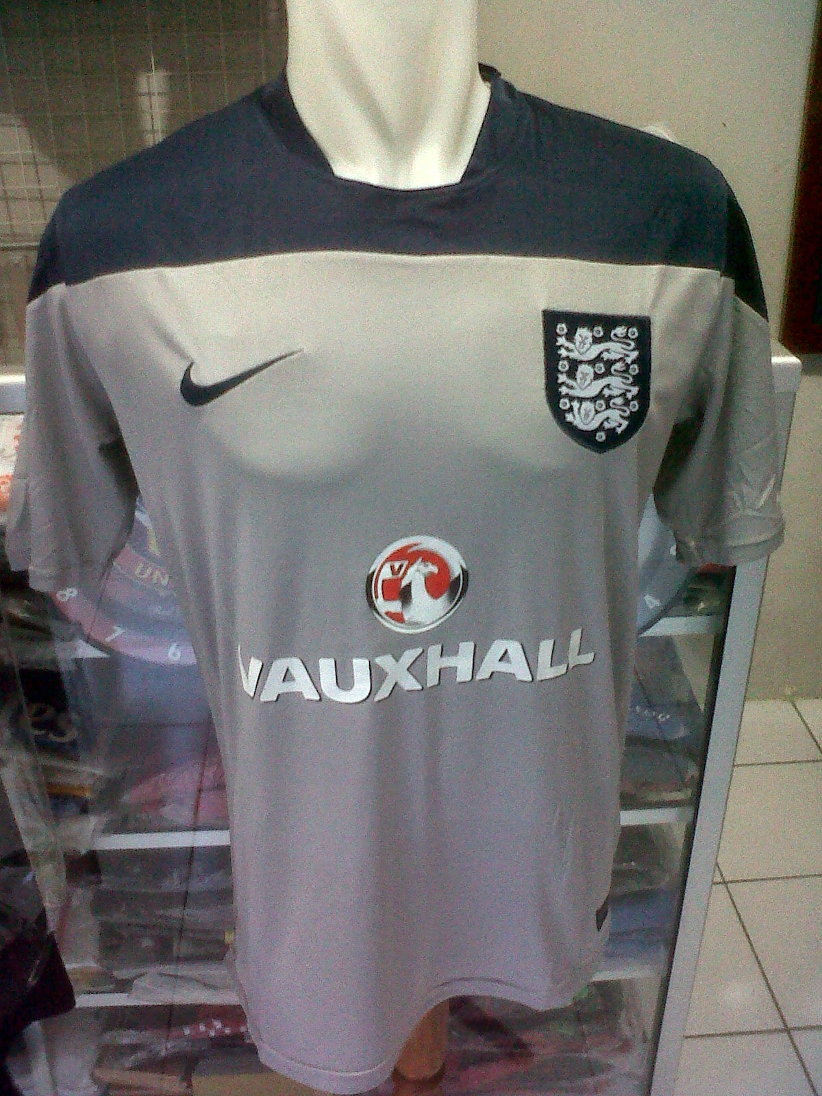 Jersey Training England 2014/2016 model 2