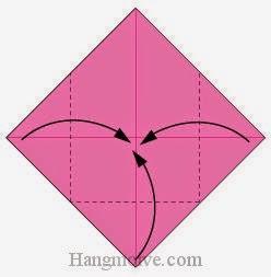 Bước 2: Gấp ba góc của tờ giấy vào trong.