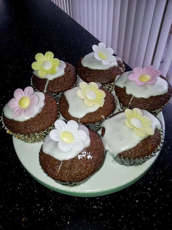 Weekend bake .... Lemon drizzle Gingerbread cupcakes
