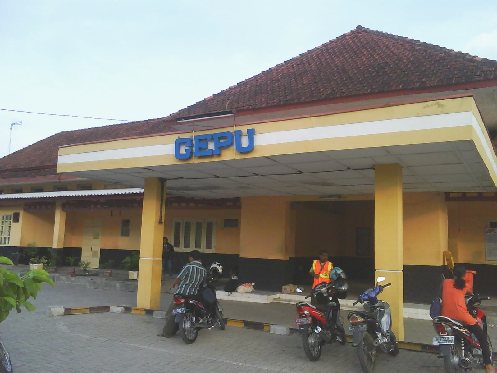 Cepu Indonesia  city images : Cepu Station | Cepu