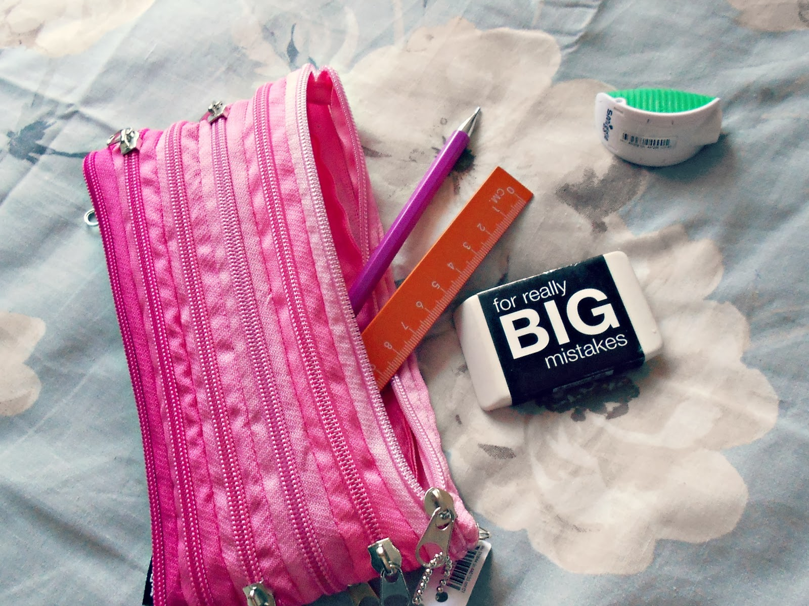 Get Organized With Smiggle Stationary