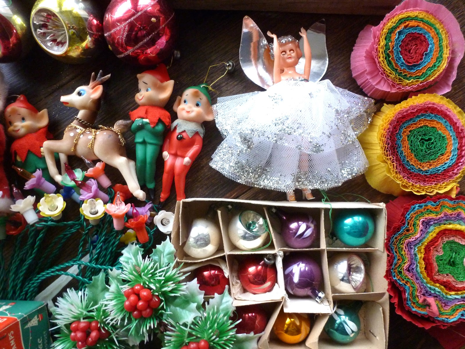 North London Vintage Market: 1960's decorations
