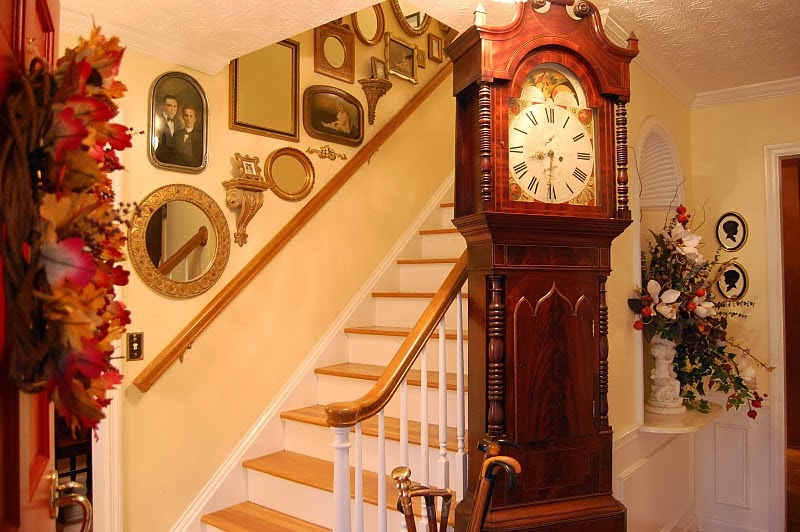 Large Walls House Decoration Ideas: Ideas For Decorating Stairwells