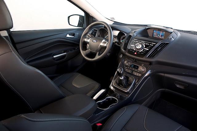 Interior de Ford Kuga 2013
