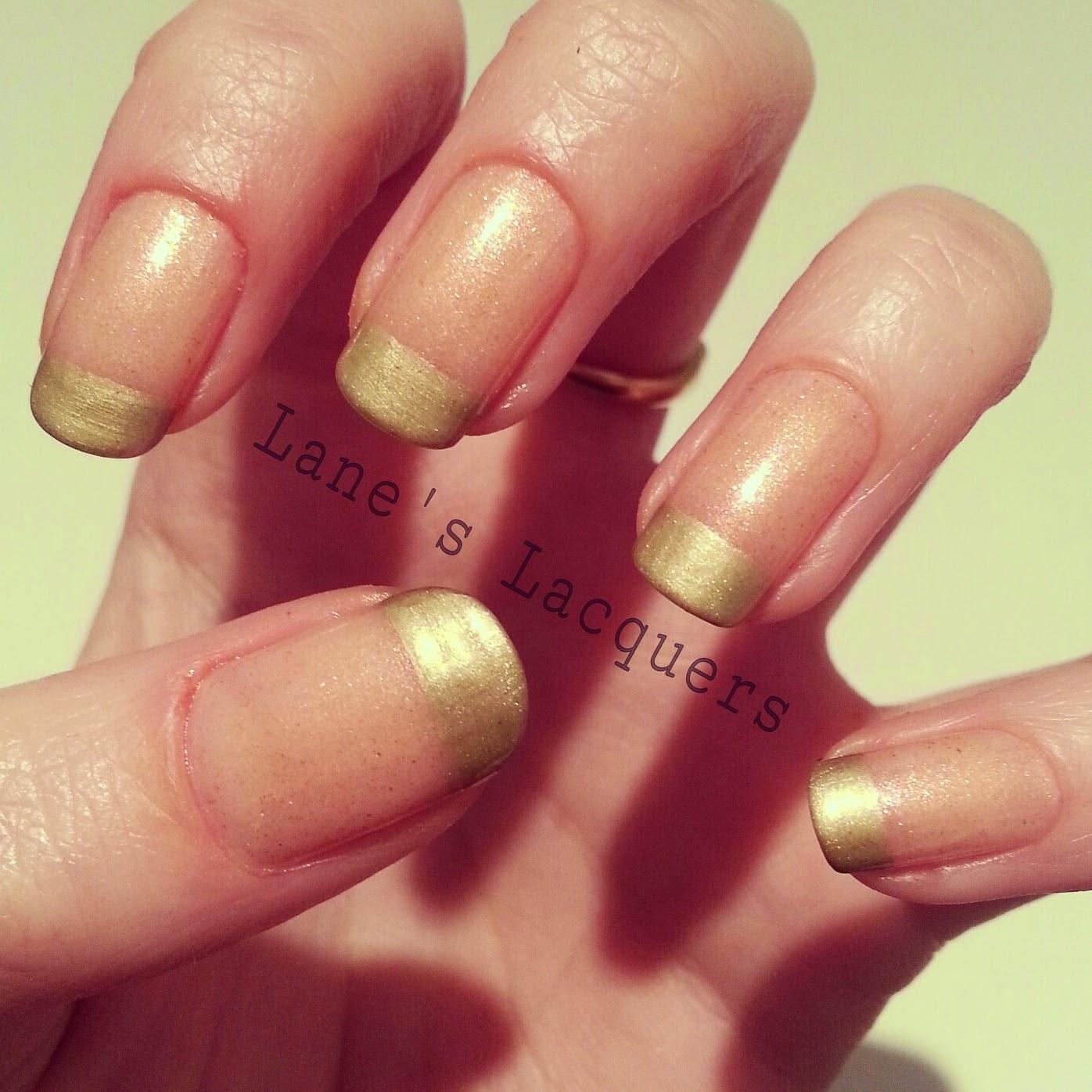 ciate-mini-mani-manor-sloaney-sweetie-white-glitter-nails (1)
